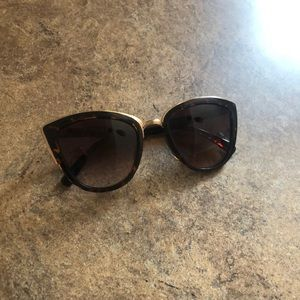 Francesca's Cat eye sunglasses